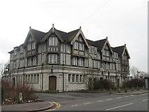 SD8100 : Racecourse Hotel, Lower Kersal by John Slater