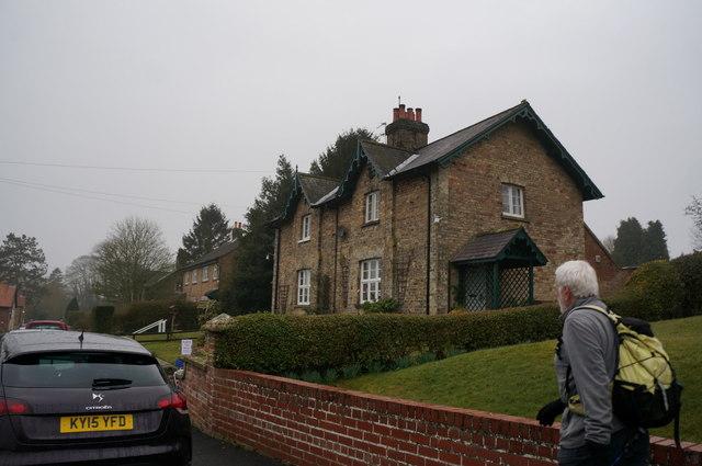 Houses on Howgate Lane, Londesborough