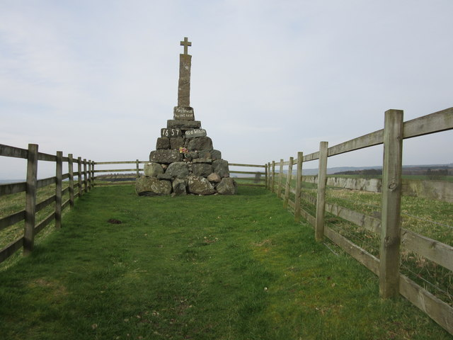 Maggie Wall monument, Dunning
