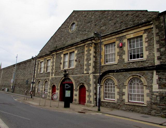 Bristol Street entrance to Swindon Designer Outlet