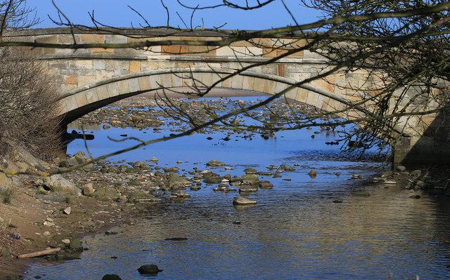 Stone bridge over East Row Beck