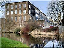 SD8537 : Leeds and Liverpool Canal, Spring Bank Mill by David Dixon