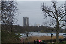 TQ2780 : View of the Hilton Hotel Park Lane and the Shard from Hyde Park by Robert Lamb
