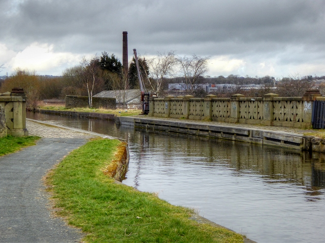 Leeds and Liverpool Canal, Aqueduct over Yorkshire Street