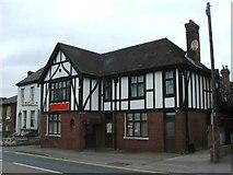 TQ7369 : Cobham Inn, Strood by Chris Whippet