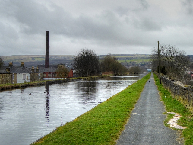 Leeds and Liverpool Canal, Burnley