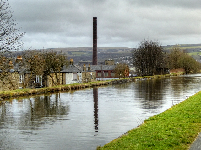 Burnley Embankment, Leeds and Liverpool Canal