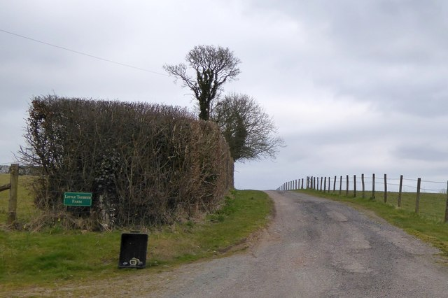 Bridleway to Little and Great Tadbeer