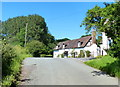 SO7463 : Cottages and lane in Shelsley Beauchamp by Mat Fascione