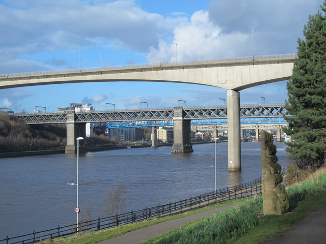 The River Tyne by the New Redheugh Bridge