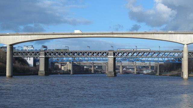 Bridges on the Tyne (No.173)
