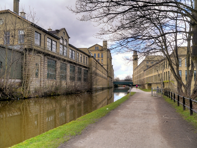 Saltaire Mills, Leeds and Liverpool Canal