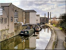 SE1437 : Leeds and Liverpool Canal, Looking West from Shipley Bridge by David Dixon
