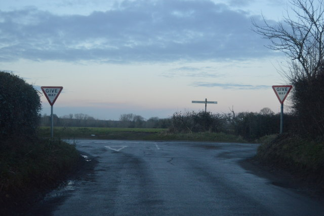 Road junction north of Mattishall Burgh
