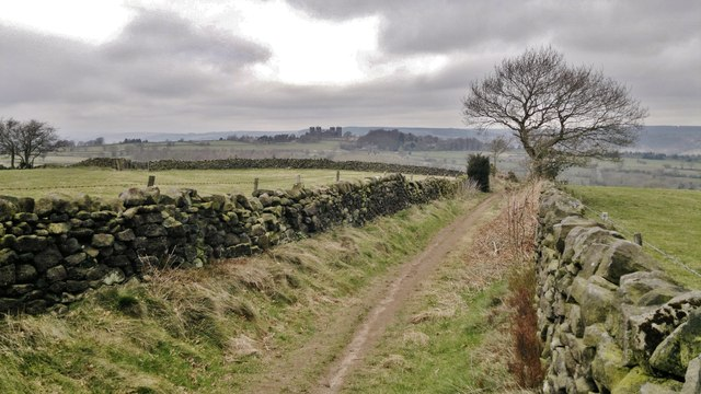 Hearthstone Lane looking towards Riber Castle