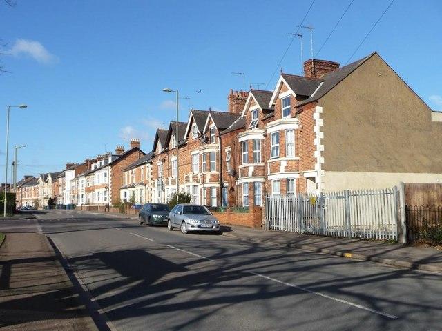Three-storey terraced houses, Middleton Road