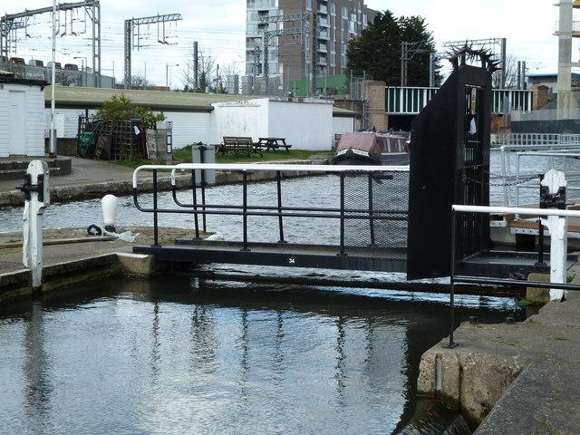 Bridge 34, Regents Canal - St. Pancras Lock