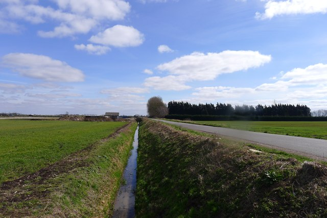 Long Drove Drain alongside South Fen Road