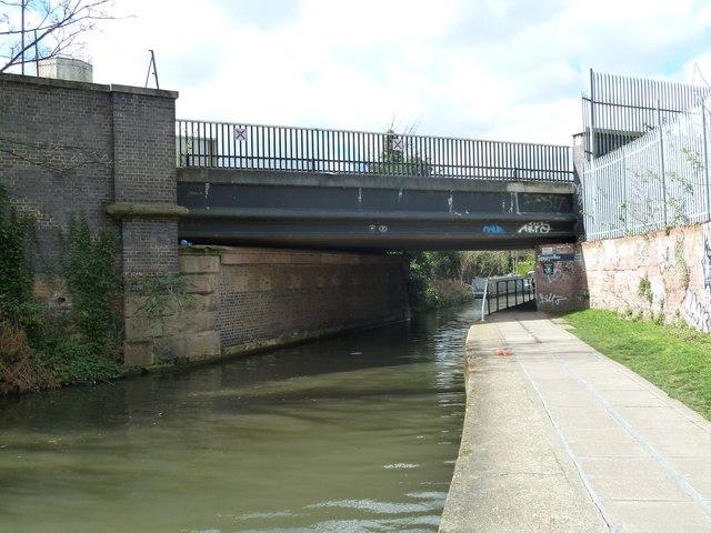 Bridge 31, Regents Canal - Camley Street