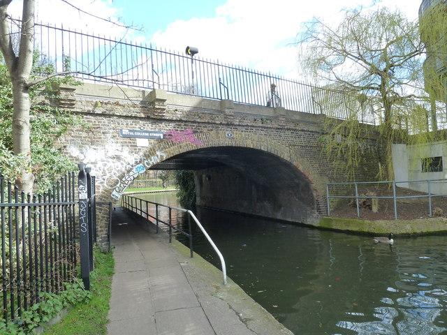 Bridge 28, Regents Canal - Royal College Street