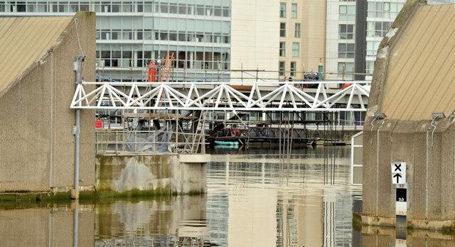 New Lagan weir footbridge, Belfast - April 2015(2)