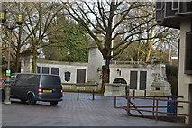 SU6400 : Portsmouth War Memorial by N Chadwick