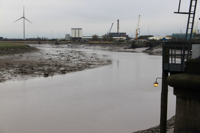 River Usk at low tide by Roger Davies