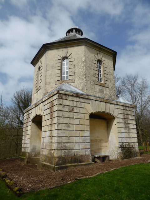 Painswick Rococo Garden - Pigeon House