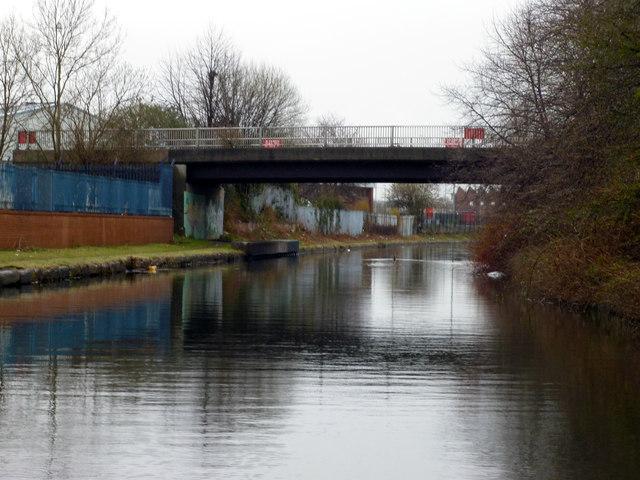 Bridgewater Canal:  Euroterminal Bridge
