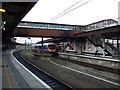 SE5951 : Platforms 9 and 10, York Railway Station by JThomas
