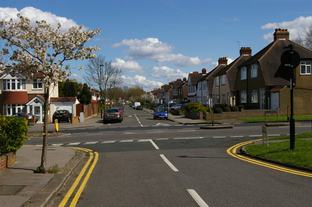 Links View Road, Spring Park, seen across Bridle Road