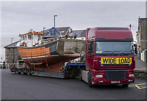 J5082 : Boat delivery, Bangor by Rossographer