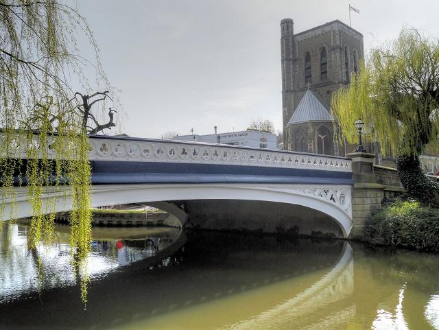 Guildford, Old Town Bridge