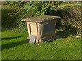 SK6926 : Chest tomb, Nether Broughton Churchyard by Alan Murray-Rust