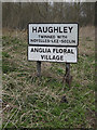 TM0361 : Haughley Village Name sign on Fishponds Way by Adrian Cable