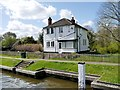 SU9677 : Lock Keeper's house, Romney Lock by David Dixon