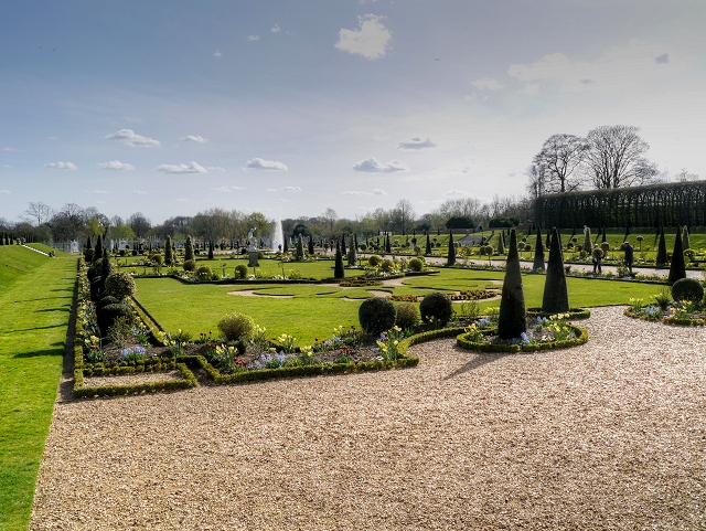 Hampton Court Palace, The Privy Garden
