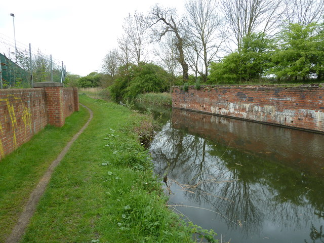 Bridge 15A, Grand Junction Canal - Northampton Arm