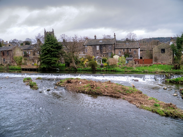 River Aire, Bingley Weir