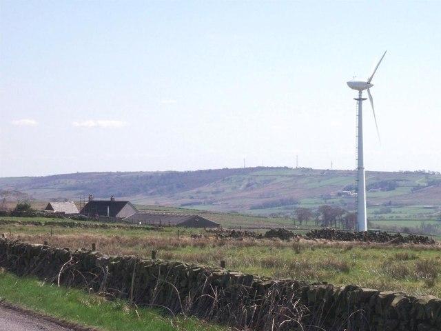 Wind turbine at Slate House Farm