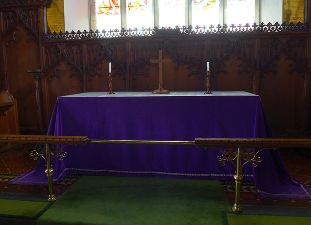 St Michael and All Angels, Hawkshead: altar
