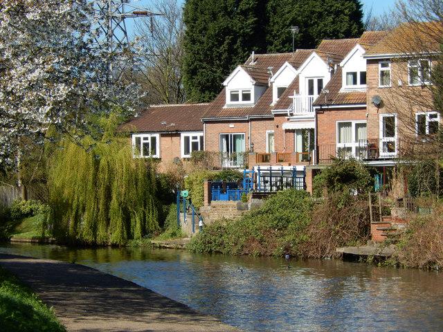 Houses beside the Nottingham Canal at Lenton