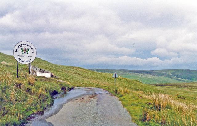 Eastward towards Lake Vyrnwy from Bwlch-y-Groes, 1993