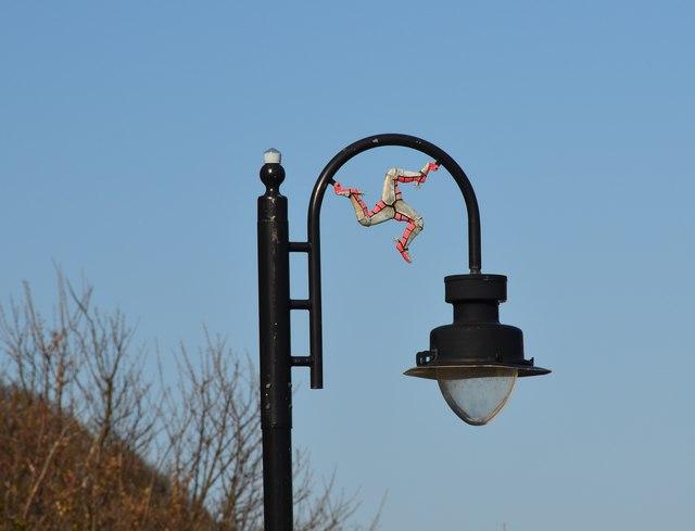 Legs of Man symbol, Douglas street light
