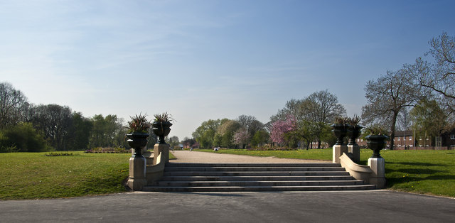 Grand steps and promenade at Alexandra Park