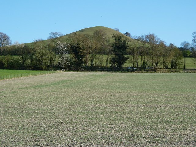 Beacon Hill from the Aylesbury Ring