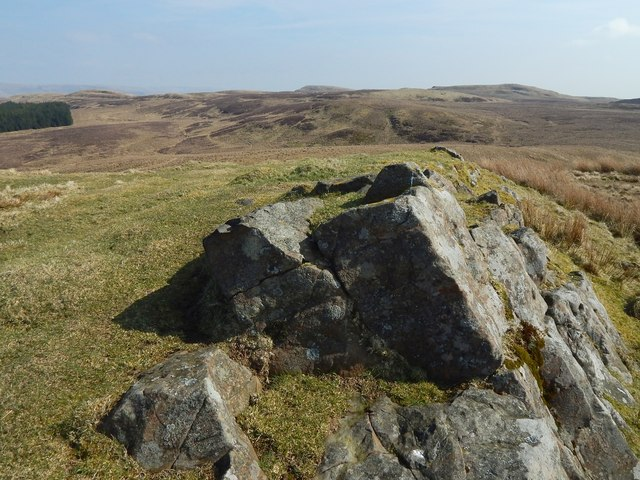 Outcrops on summit of Doughnot Hill