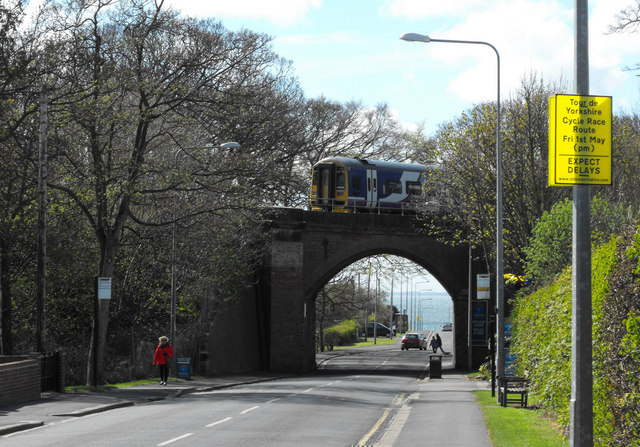 Railway bridge over Limekiln Lane