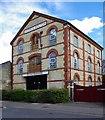 TL4657 : Warehouse conversion, Tenison Road, Cambridge by Jim Osley