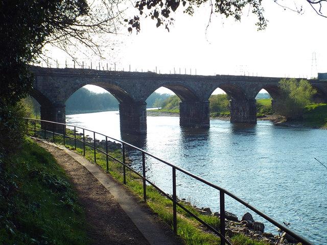 Disused railway viaduct, Carlisle
